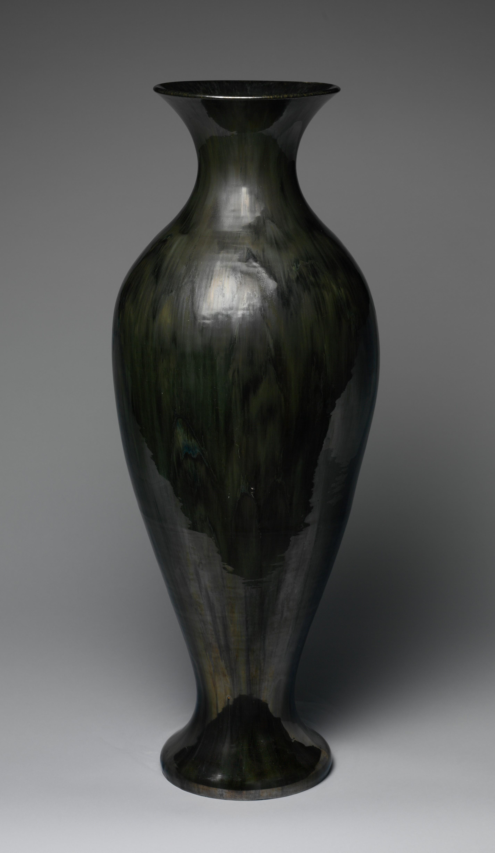 Met Pic Black Amphora